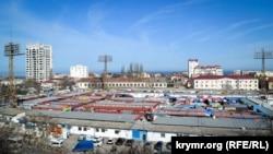 Рынок «Чайка». Севастополь, 5 апреля 2018 года