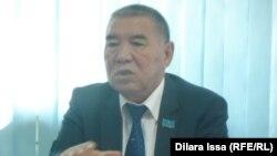 Умирзак Мелдеханов, председатель филиала партии «Нур Отан» города Шымкента. 15 сентября 2015 года.