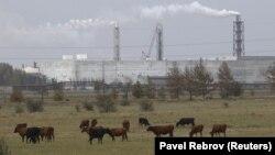 Завод «Крымский титан» в Армянске, архивное фото