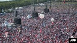 تجمع مخالفان اردوغان در استانبول