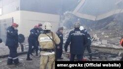 Здание, обрушившееся после взрыва предположительно газового баллона. Астана, 15 марта 2019 года.