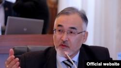 Qirg'iziston parlamenti deputati Tursunboy Bakir o'g'li.
