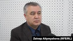 """Омурбек Текебаев, """"Ата Мекен"""" партиясының жетекшісі. Бішкек, 26 наурыз 2012 жыл"""
