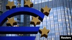 Первая программа LTRO не привела к расширению кредитования экономики еврозоны
