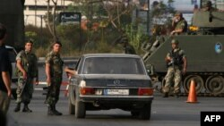 Libanonska vojska na kontrolnom punktu na ulazu u Bab al-Tebbaneh, maj 2012.