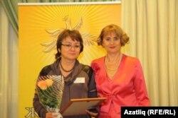 Гөлсинә ханым (с) Мәскәүдә бүләк алганда