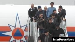 Задачи, которые решаются при помощи депортаций, к Грузии никакого отношения не имеют, считает Федор Лукьянов