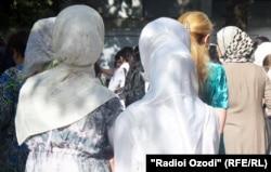 Кейінгі жылдары Өзбекстанда хиджап киген қыз-келіншектерге қысым күйшейді.