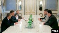 Sastanak Viktora Janukoviča sa opozicionim liderima, 22. januar 2014.