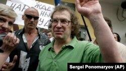 Cерегй Мавроди абактан чыккандан кийин, 22.05.2007