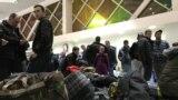 Муҳоҷирони мунтазир дар Фурудгоҳи байналмилалии Душанбе, 3-юми апрели 2021