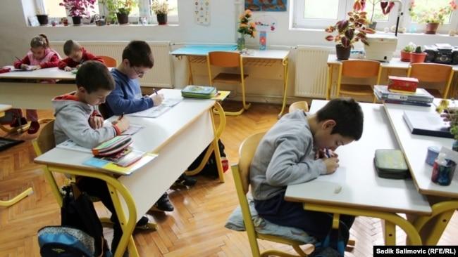 U pet godina broj osnovaca smanjen je za 10.398, a u srednjim školama je 20.743 učenika manje u Federaciji BiH