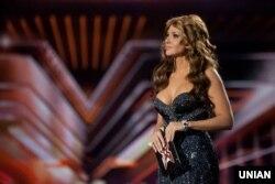 Оксана Марченко останніми роками була незмінною ведучою популярних розважальних шоу «Україна має талант» та «Ікс-Фактор» на телеканалі «СТБ»