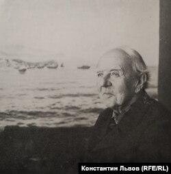 Евгений Львов