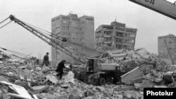 Гюмри, декабрь 1988
