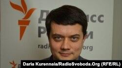 Пресс-секретарь по вопросам избирательной кампании Зеленского Дмитрий Разумков