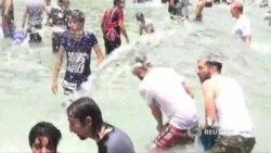 Армения обливается водой