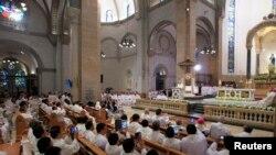 Месса, которую Франциск отслужил в Кафедральном соборе Манилы 16 января