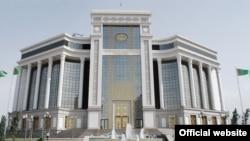 Türkmen telekeçileriniň käbirine konwertasiýa gaýtadan dikeldildi