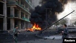 Pjesëtarët e forace të sigurisë sëLibanit arrijnë në vendin e shpërthimit të makinës-bombë në kryeqytetin Bejrut
