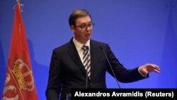 Mi ne poklanjamo oružje, samo da to imate u vidu. Mi prodajemo oružje, mi se time ponosimo: Aleksandar Vučić