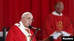 Papa Françesku në Kubë
