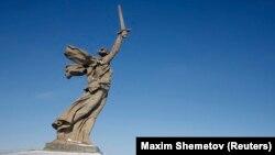 Монумент в Волгограде в честь победы советской армии в Сталинградской битве
