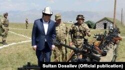 Президент Сооронбай Жээнбеков на учениях «Сары-таш - 2019».