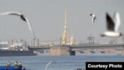 Кроме сложного закона о мигрантах, есть еще транспортные проблемы, из-за которых от Петербурга могут отказаться круизные компании