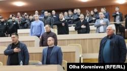 За рішення проголосували 23 присутніх депутати із 43 загального складу. На засідання не з'явилися представники фракцій «Опозиційного блоку» та «Самопомочі».