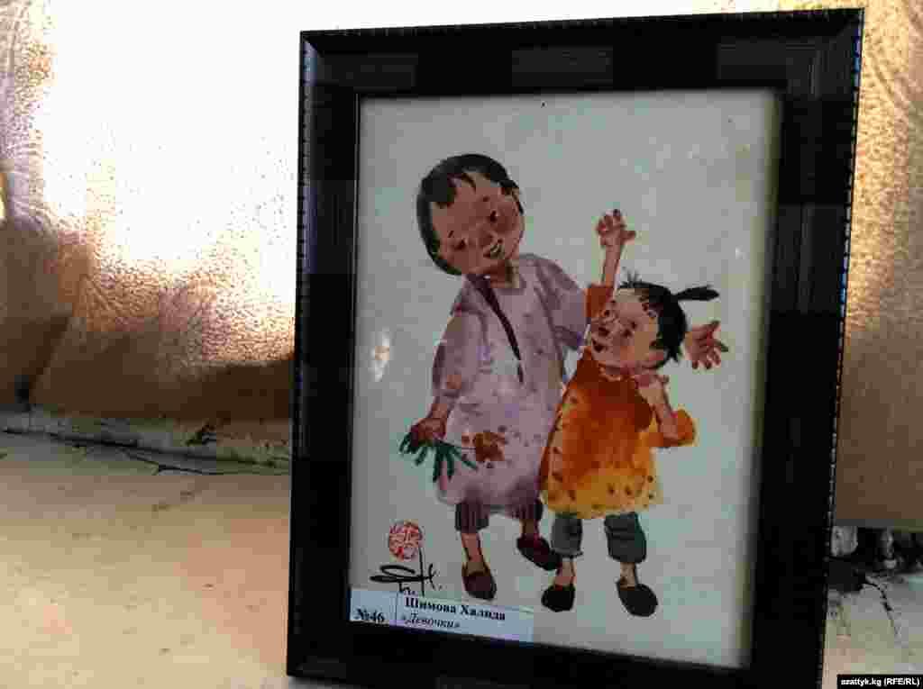 Талант к рисованию проявился с раннего детства и укрепился в кружке рисования Дворца пионеров в Бишкеке.