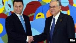 Премиерот Никола Груевски пред десет дена се сретна со неговиот грчки колега Лукас Пападимос на маргините на Самитот на Европската унија во Брисел.