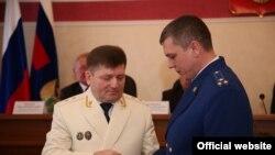 Фанис Мухаметгалиев (справа)