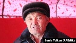 Байырғы мұнайшы Аманияз Мұрынбаев. Теңге ауылы, Маңғыстау облысы, 9 желтоксан 2017 жыл.
