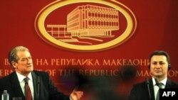 Kryeministri i Shqipërisë Sali Berisha dhe ai i Maqedonisë Nikolla Gruevski