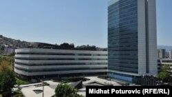 Zgrada u kojoj je smješteno i Ministarstvo sigurnosti BiH (desno)