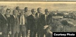 Слева направо: Кайсын Кулиев, третий - Виктор Шкловский, шестой - Михаил Дудин, седьмой - Эшреф Шемьи-заде в Тбилиси в 1968 году