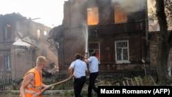 Изгорени домови, на нивно место згради