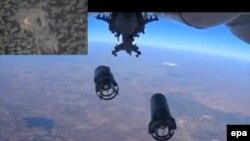 Російський військовий літак скидає ракети на Сирію, 5 жовтня 2015 року