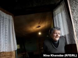 Kəndin 70 yaşlı tibb bacısı İyamza Saparaşvili
