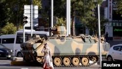 Түрк аскерлери Диярбакыр шаарынын көчөсүндө, 9-октябрь
