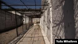 La penitenciarul nr.16 - Pruncul