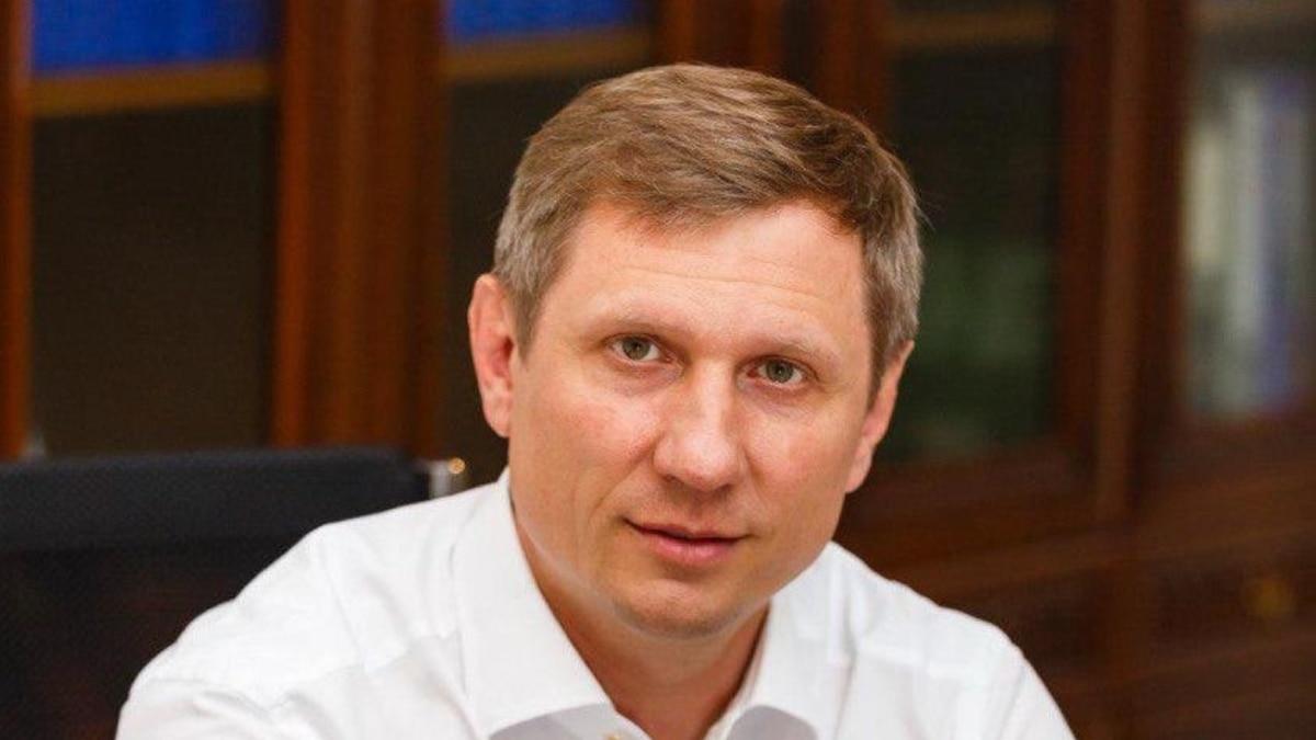 Больной на коронавирус депутат говорит, что Зеленского дезинформируют