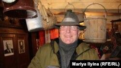 В чешской шляпе