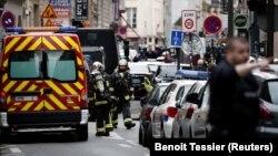 Поліція на місці захоплення заручників у Парижі, Франція, 12 червня 2018 року