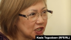 «Правдивая газета» редакторы Розлана Таукина. Алматы, 24 сәуір 2014 жыл.