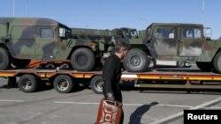 Američka vojna vozila na putu blizu poljsko - ukrajinske granice, 10. april