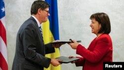 Наталия Яресько и Джейкоб Лью, Киев, 28 января 2015