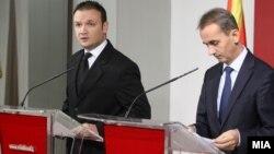 Прес-конференција на портпалорот на Влада Александар Ѓорѓиев и министерот за животна средина Абдулаким Адеми.