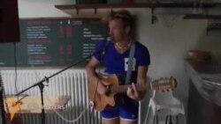 Франциялик мусиқачи 12 соатда 37 концерт берди